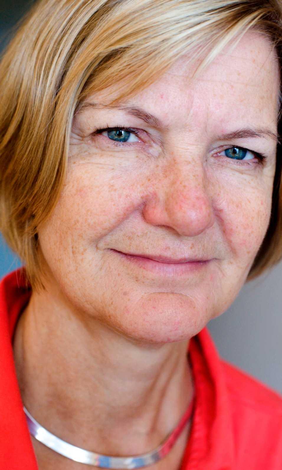 """""""Ibland är det väldigt jobbigt. Det sliter på mig och personalen"""", säger Lotti Helström om sitt jobb."""