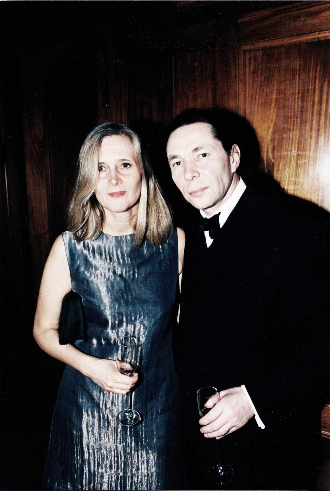 Katarina Frostenson med maken Jean-Claude Arnault år 2000.