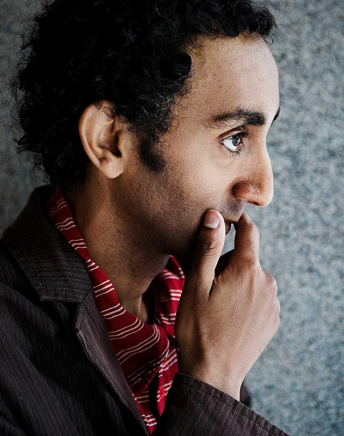 Sami Said (född 1979 i Eritrea) kastar in läsare och papperslöse San Francisco i händelsernas centrum i nya romanen. Jenny Högström läser med ett leende på läpparna.