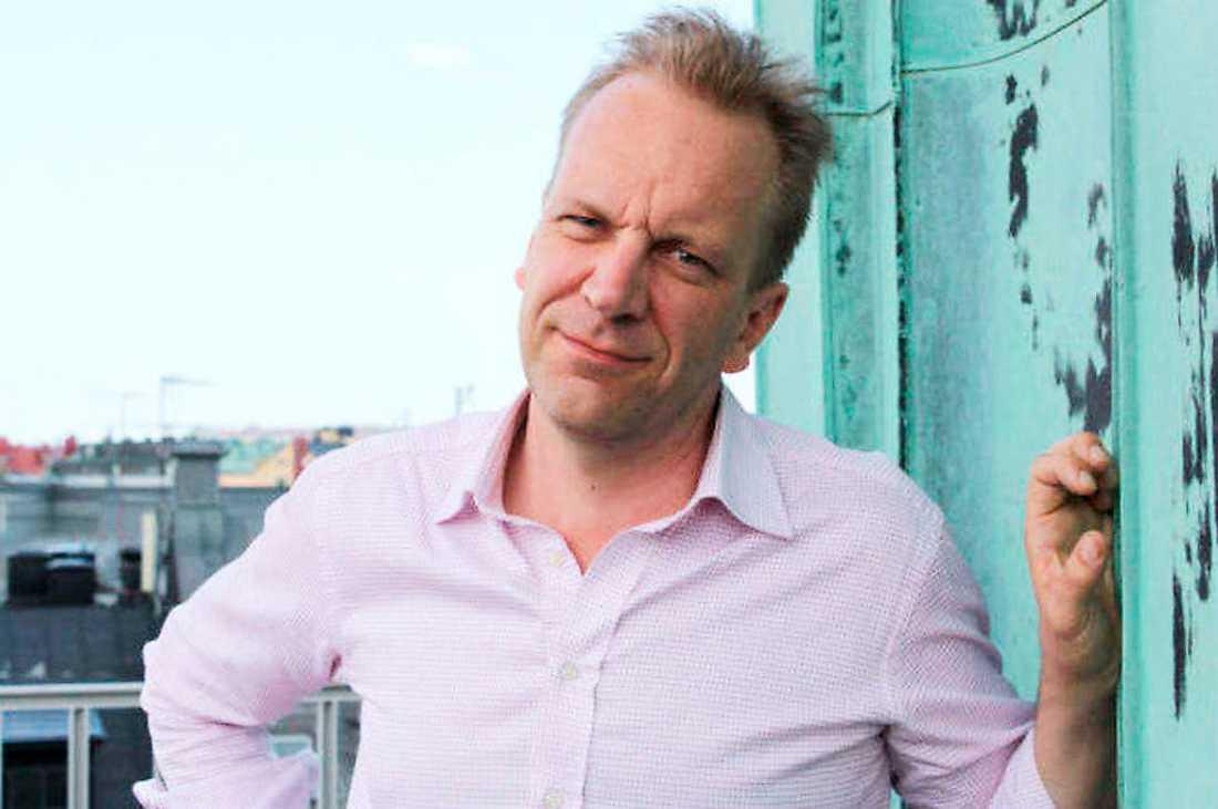 SKANDALAFFÄREN Den konservative skribenten Johan Lundberg fick under förnedrande former avslag på sin begäran att bli professor vid Stockholms universitet.