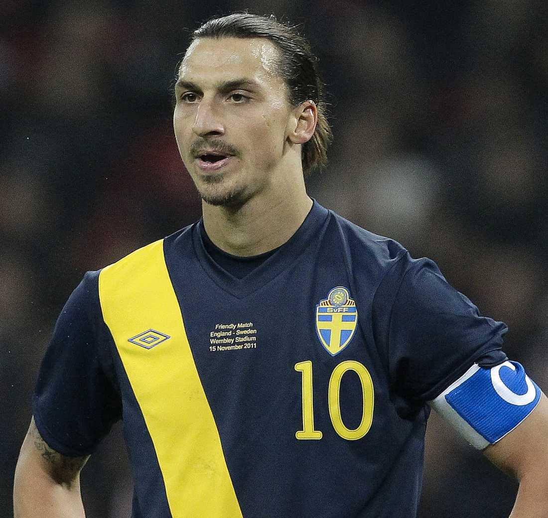 Brittisk media gick hårt åt Zlatan som inte hade en lyckad kväll på Wembley.