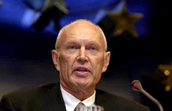 Pierre Schori, före detta FN-sändebud och politiker.