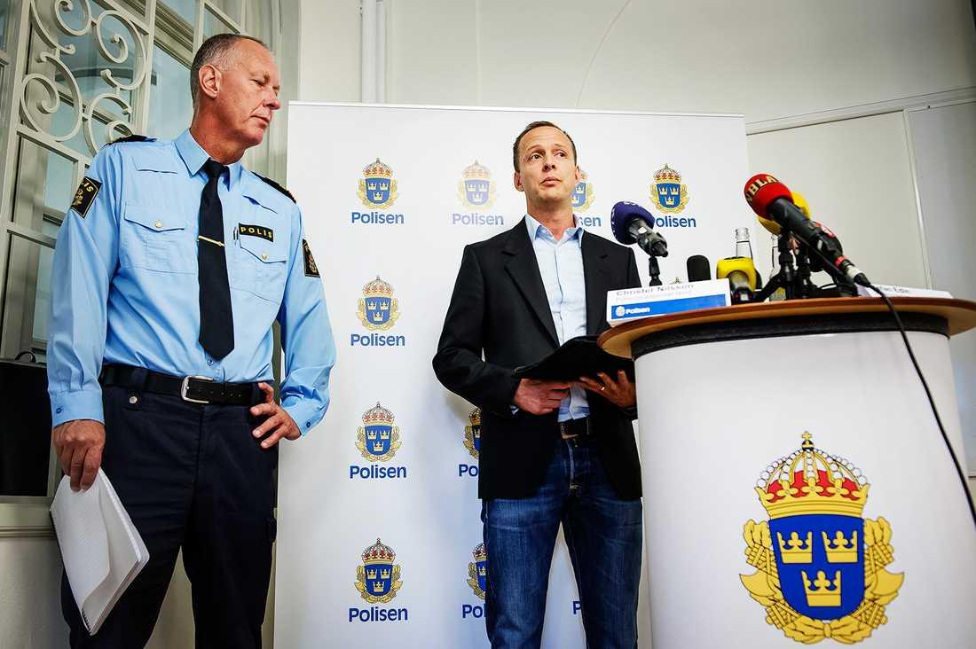 Polisen höll presskonferens.