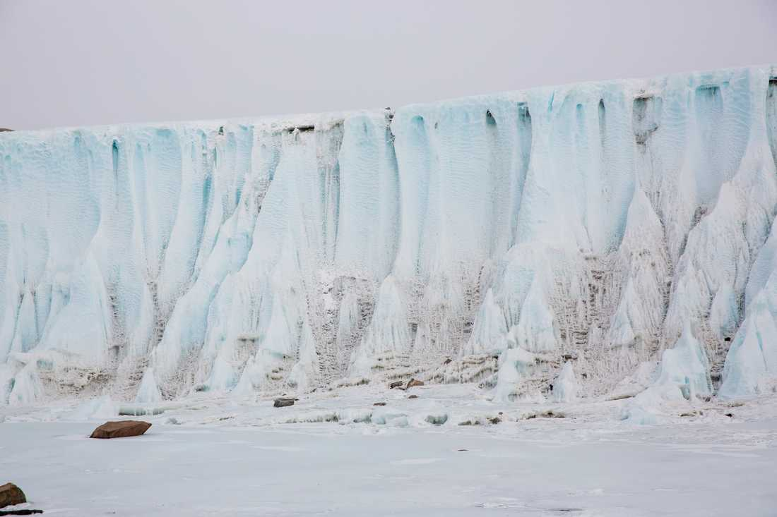 Inlandsisen på Antarktis ser ut att minska, enligt mätningar som gjorts under de senaste tio åren. Arkivbild.