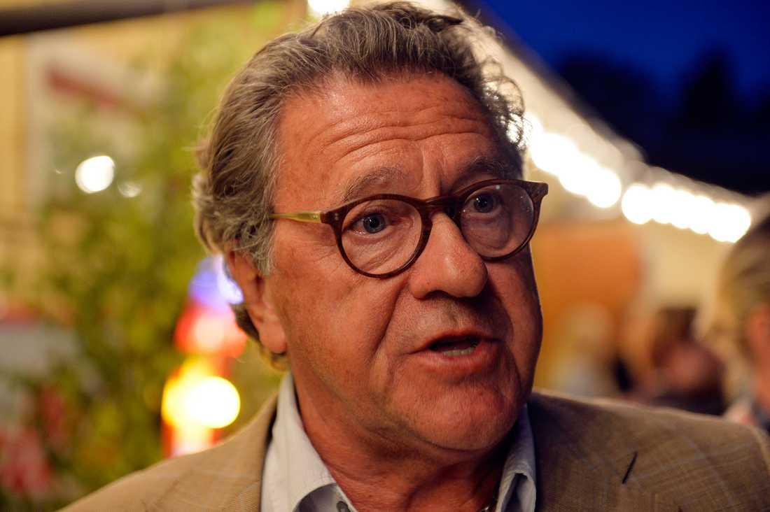 """""""Jag tror att det är ett klokt beslut"""", säger Tommy Körberg om Petras avhopp och tycker att sonen Anton kan ta över."""