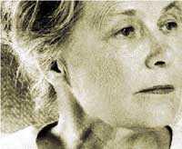 Jag känner sådana som begick självmord och andra som tvangs spotta sig i ansiktet som just Alva Myrdal när hon sommaren 1967 förmåddes meddela mig och Gun Kessle att hennes regeringskolleger på uppmaning av Säpo hade bett henne sluta träffa mig för att inte bli säkerhetsrisk.