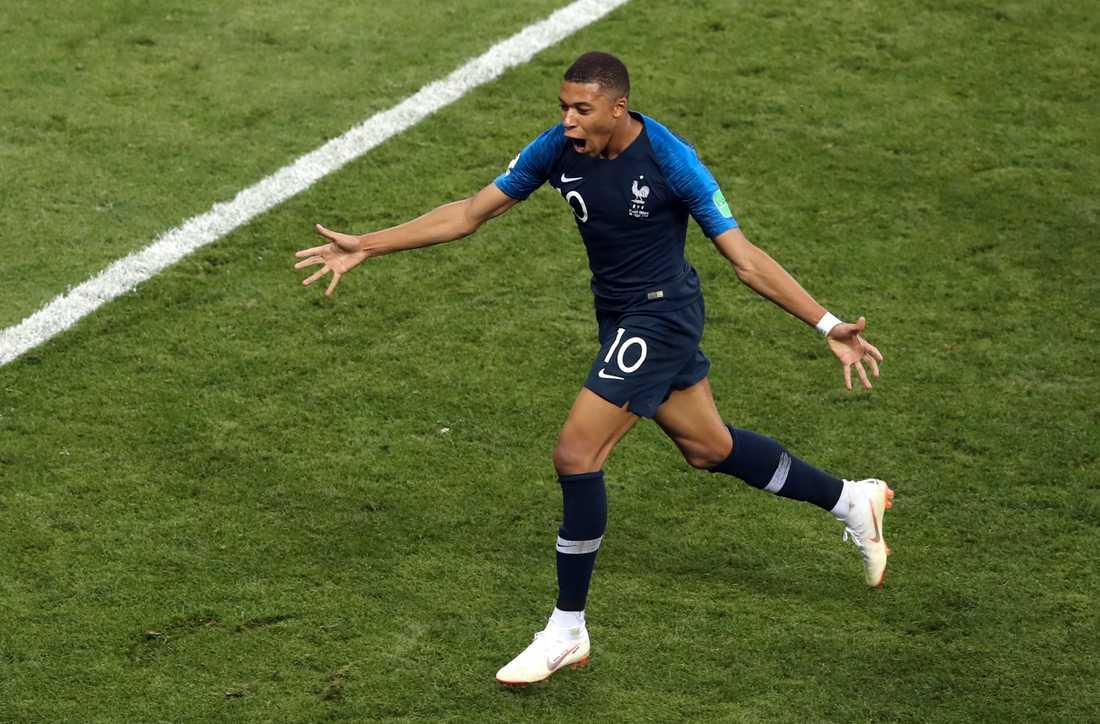 Unga monstersuccén i franska VM-guldlaget Kylian Mbappé är nominerad.