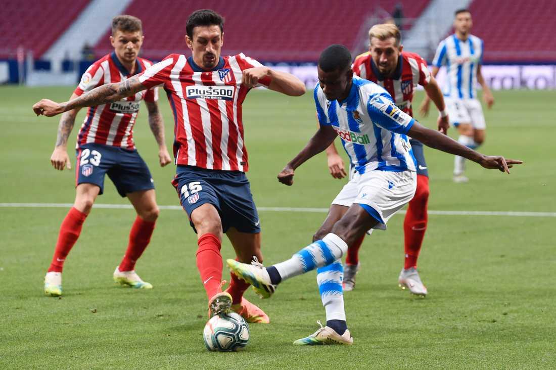 Isak i matchen mot Atlético Madrid