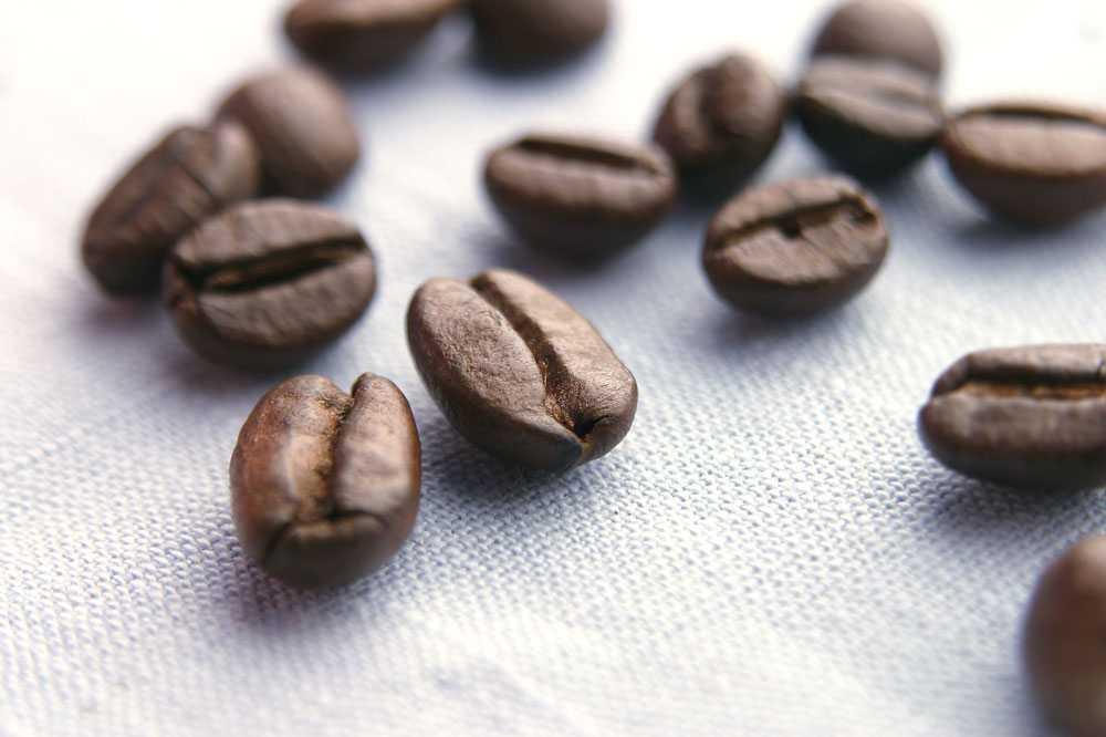 Rena hälsokuren.  Tre koppar kaffe per dag minskar den biologiska åldern med drygt fem år jämfört med om man inte alls dricker kaffe. Det visar en ny studie om proteinmarkörer från Uppsala universitet.