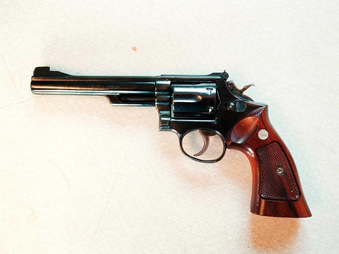 Magnum 357 I 30 år har polisen sökt efter en revolver av typen Smith & Wesson Magnum, kaliber 357.