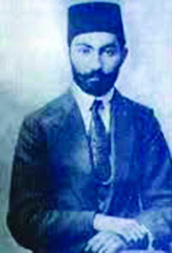 Mohammad-Ali Jamalzadeh (1892-1997).
