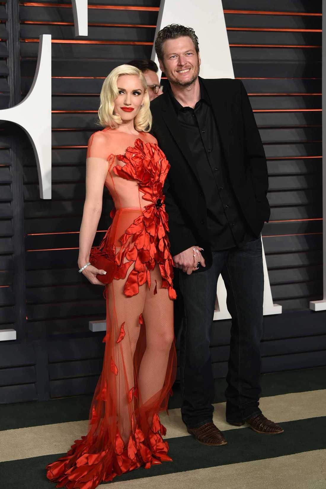 Gwen Stefani och Blake Shelton är numera ett par.