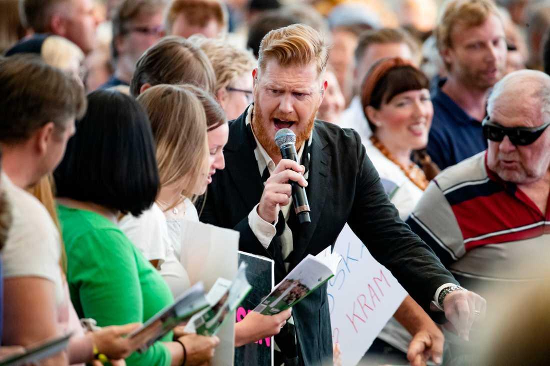 Oscar Magnusson ute vid publikhavet.