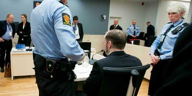 Tidigare har Anders Behring Breivik förhörts om dåden på Utøya.