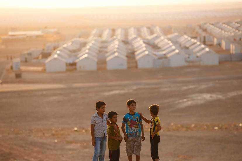 Lägret är uppbyggt av baracker för att klara de hårda ökenvindarna.
