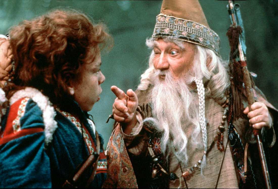 """Warwick Davis och Bill Barty i """"Willow""""."""