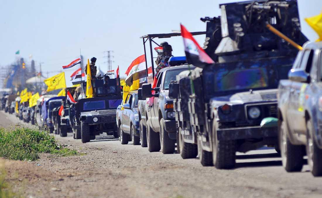 Soldater på väg från Samarra till utkanten av Tikrit norr om Bagdad.