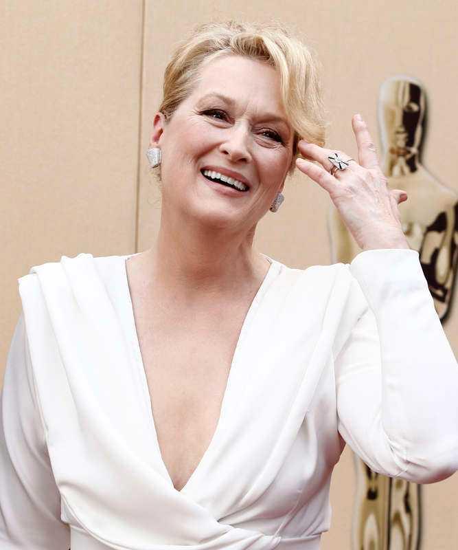 """36 år gammal spelade Meryl Streep Jack Nicholsons kärleksintresse i """"I lust och nöd"""" 1986. Sex år senare fick hon rollen som häxa i """"Döden klär henne""""."""