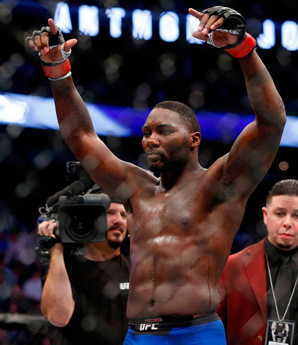 """Anthony """"Rumble"""" Johnson knockade sin motståndare på 13 sekunder"""