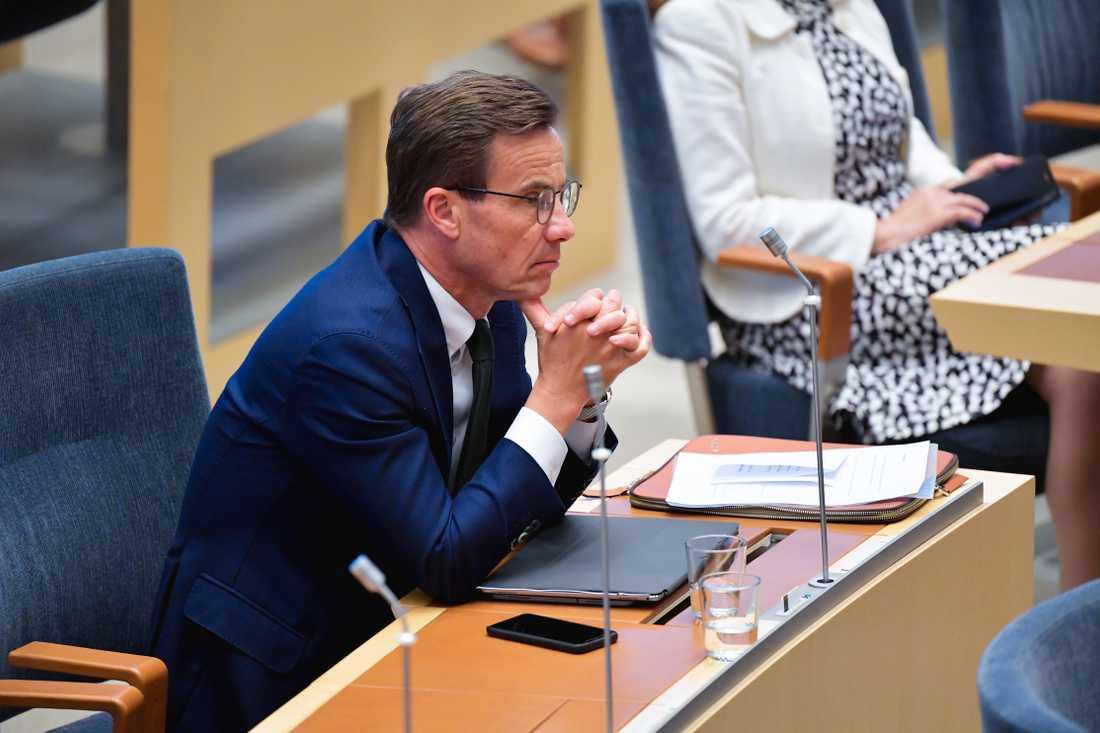 Ulf Kristersson, partiledare för Moderaterna, under onsdagens partiledardebatt i riksdagen.