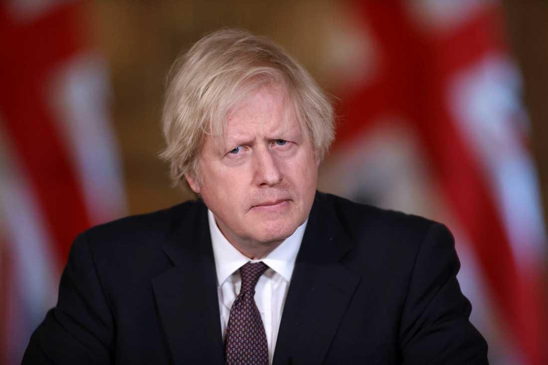 Boris Johnson ser fram emot att gå till puben och att klippa sig.