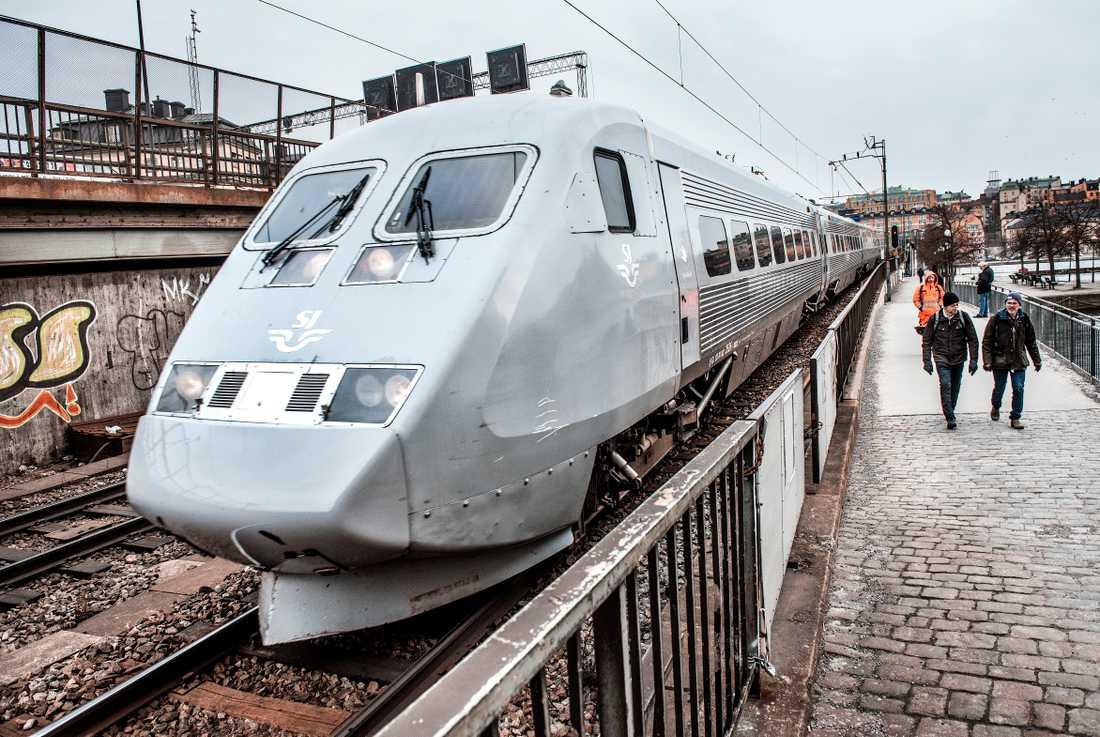 Stora problem i tågtrafiken under dagen är att vänta.