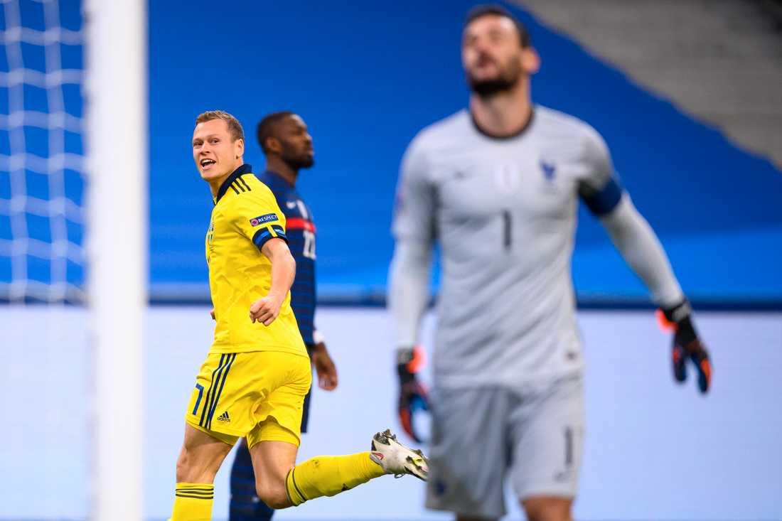 Viktor Claesson gav Sverige en drömstart i matchen mot Frankrike på tisdagen.