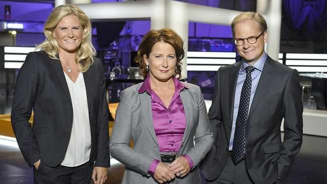 SVT Agendas programledare Camilla Kvartoft, Anna Hedenmo och Mats Knutson.