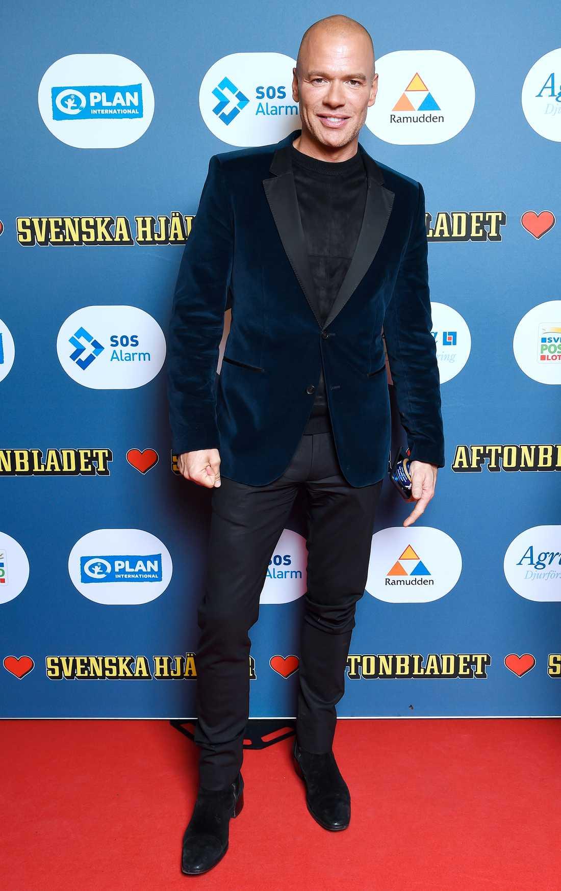 Sångaren Andreas Lundstedt glänste i sammet.