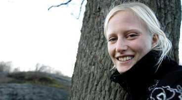 """""""Helgasjön i Växjö med slottsruinen är vacker"""", tycker Carolina Klüft, som numera är bosatt i Karlskrona."""