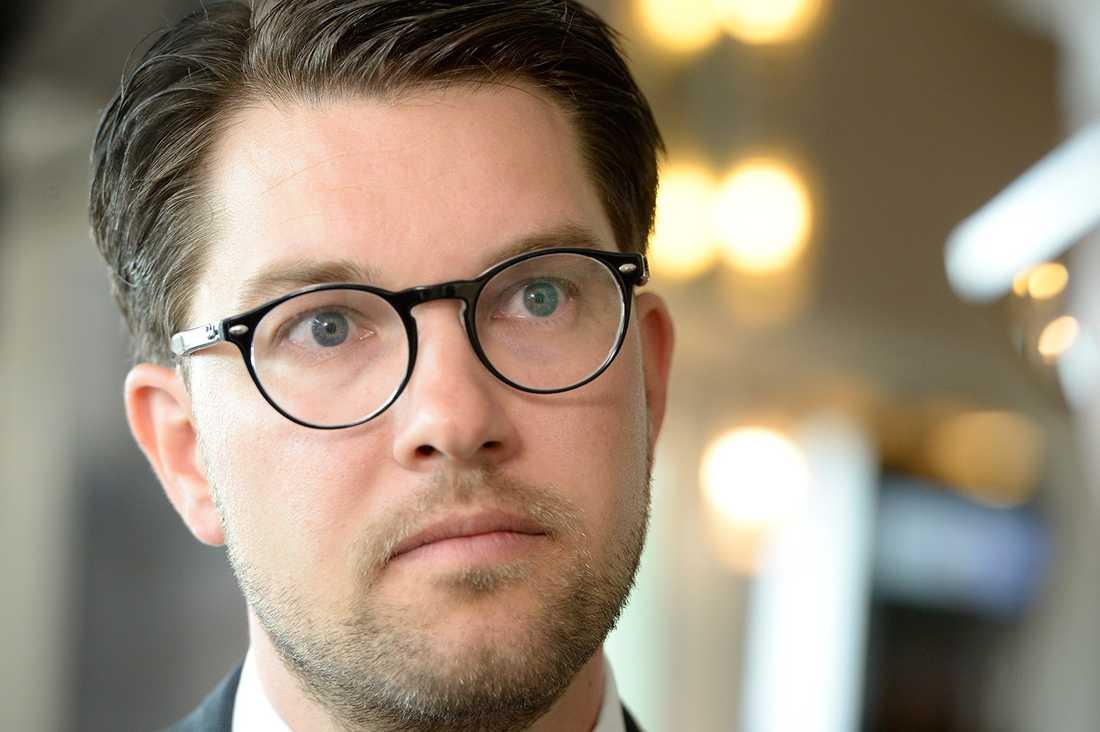 Nu vill SDU att partiledare Jimmie Åkesson, ledamoten Mattias Karlsson och partisekreterare Richard Jomshof avgår.