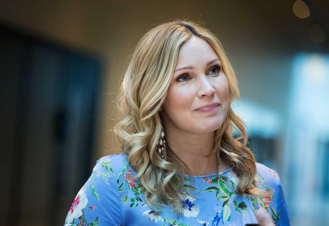 Jessica Almenäs tuffa hälsobesked - efter hektiska tiden