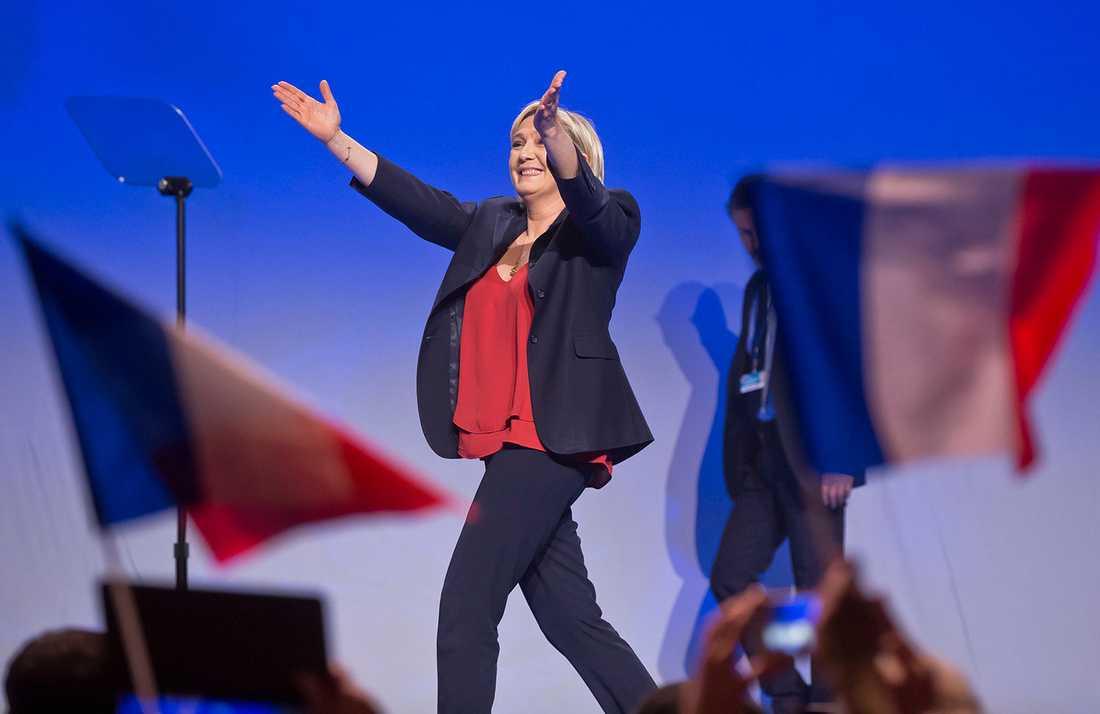 I arbetslöshetens norra Frankrike ser många Marine Le Pen som en efterlängtad frälsare.