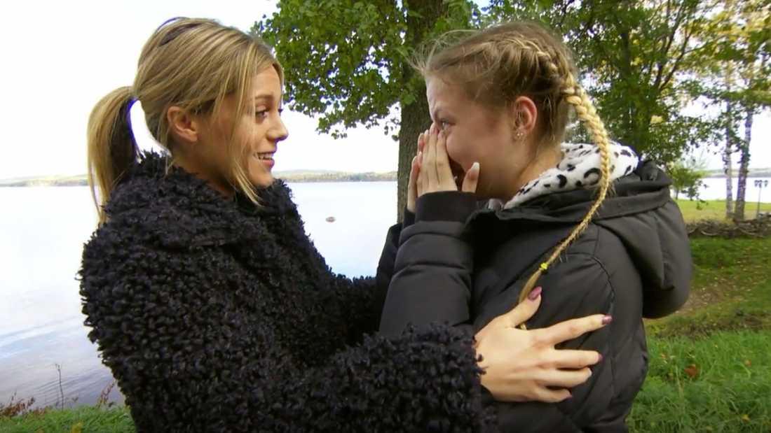 Kimberly börjar gråta när hon ser att det är Bianca Ingrosso som har kommit för att hjälpa henne.