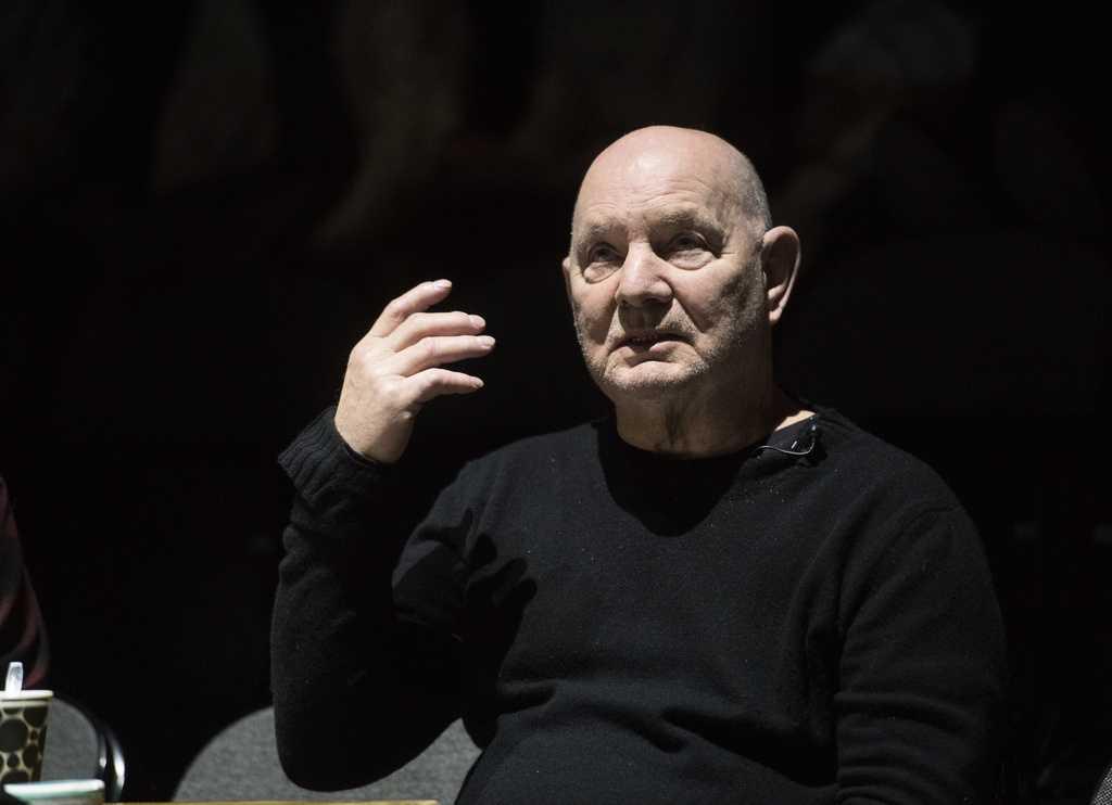 """Dramatikern Lars Norén på repetitionen av sin pjäs """"Stilla liv"""" som sätts upp på dramatenscenen Elverket."""