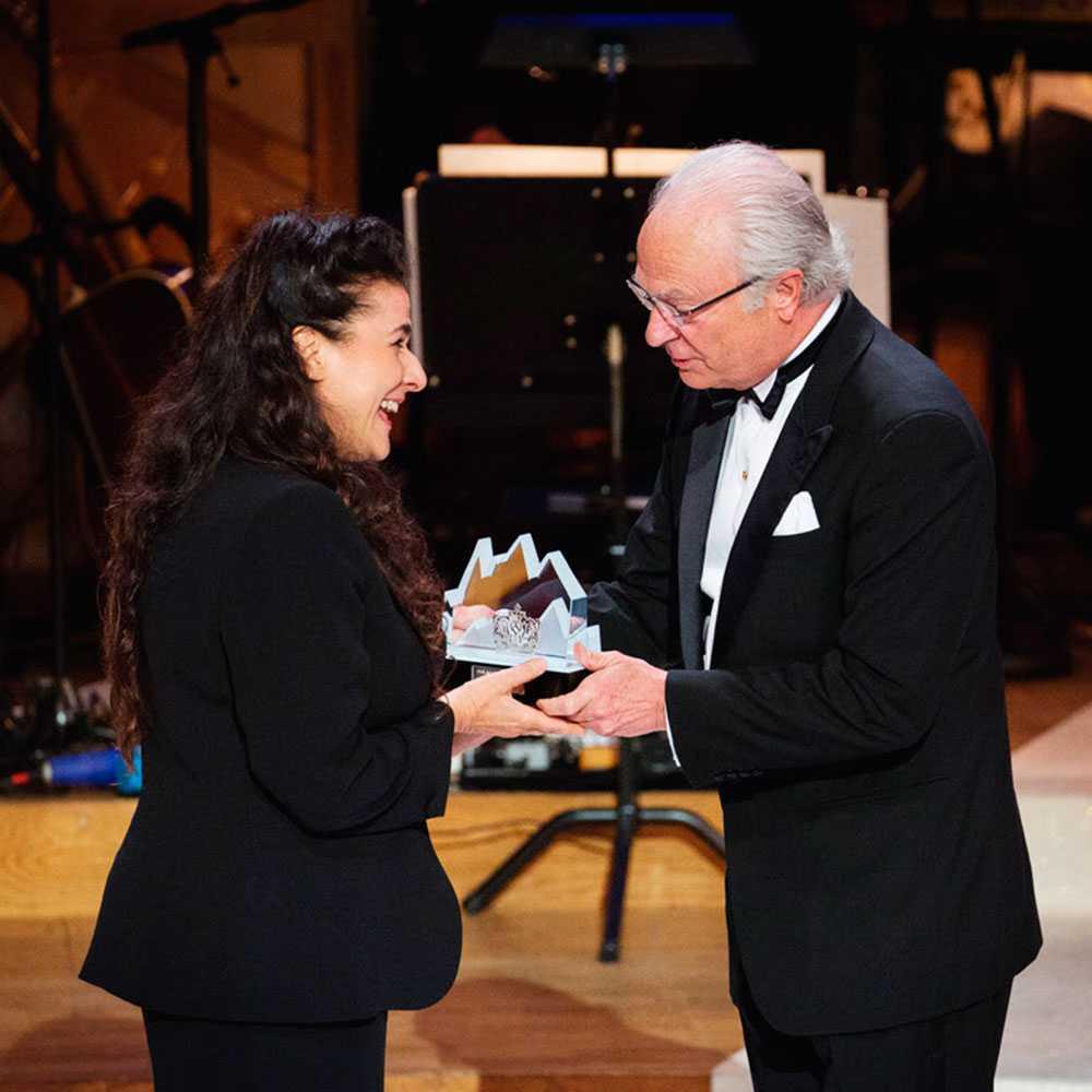 Carl XVI Gustaf delar ut Polarpriset 2016 till Cecilia Bartoli.