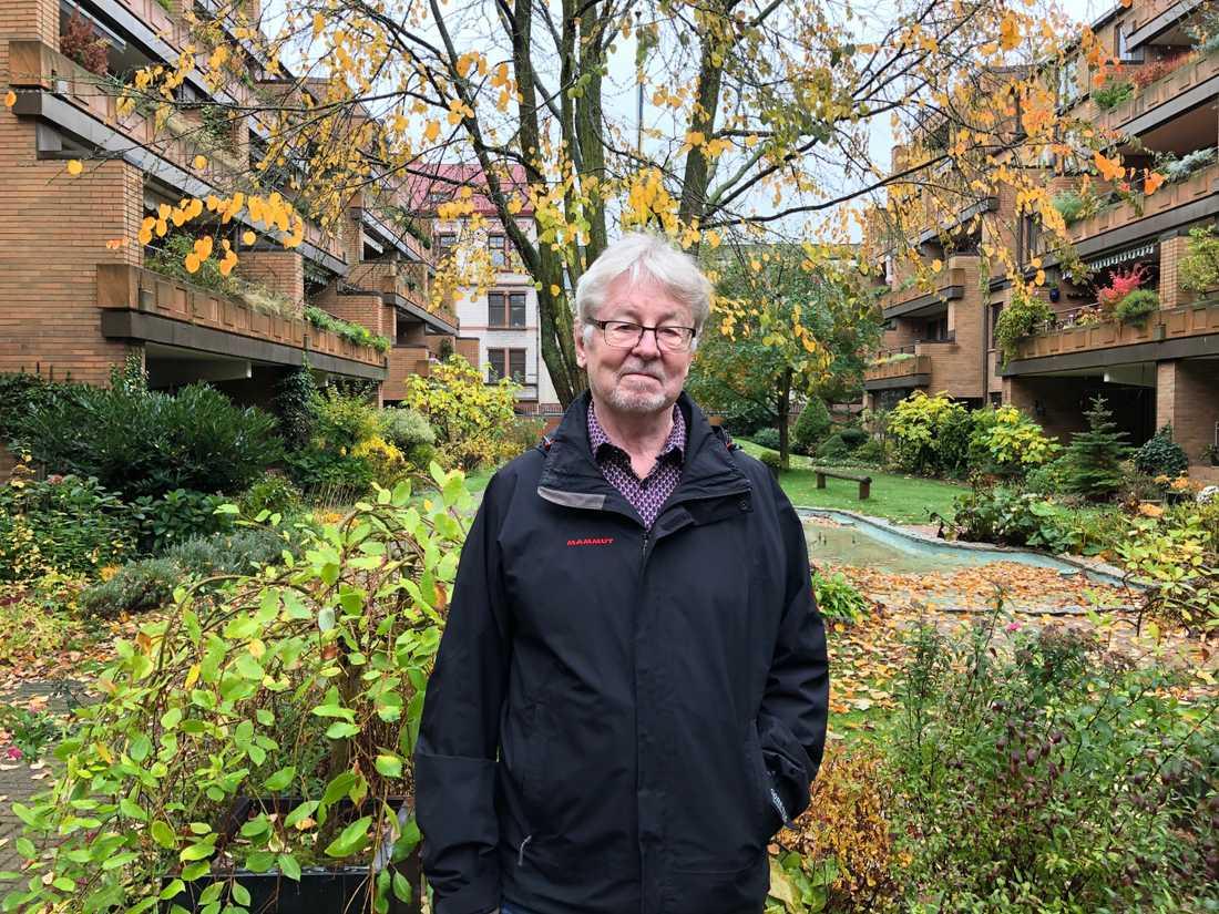Bengt Larsson och hustrun Alla har bott i föreningen i omgångar sedan tidigt 1980-tal och hyser ett stort engagemang för innergården.