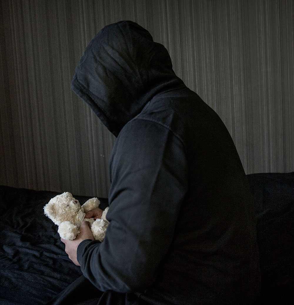Ahmeds exfru försvann plötsligt. Hon åkte till Syrien med deras lille son.