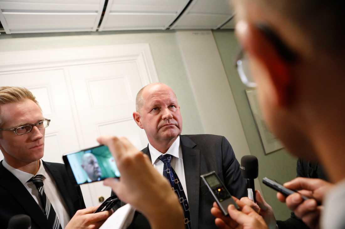 Rikspolischefen Dan Eliasson i riksdagen under dagen.
