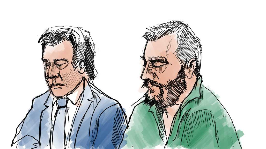 Teckning från rättegångens första dag om dubbelmordet i Linköping 2004. Den åtalade Daniel Nyqvist (th) och hans försvarare Johan Ritzer.