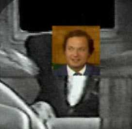 Andra bilden föreställer Markovics bild med inklippt originalbild från videon.