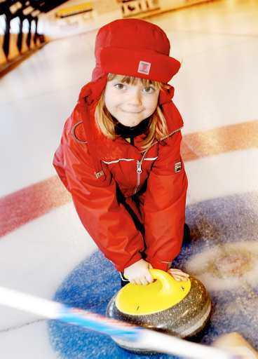 Sopar du också rent framför ditt barn   som en äkta curlingförälder?