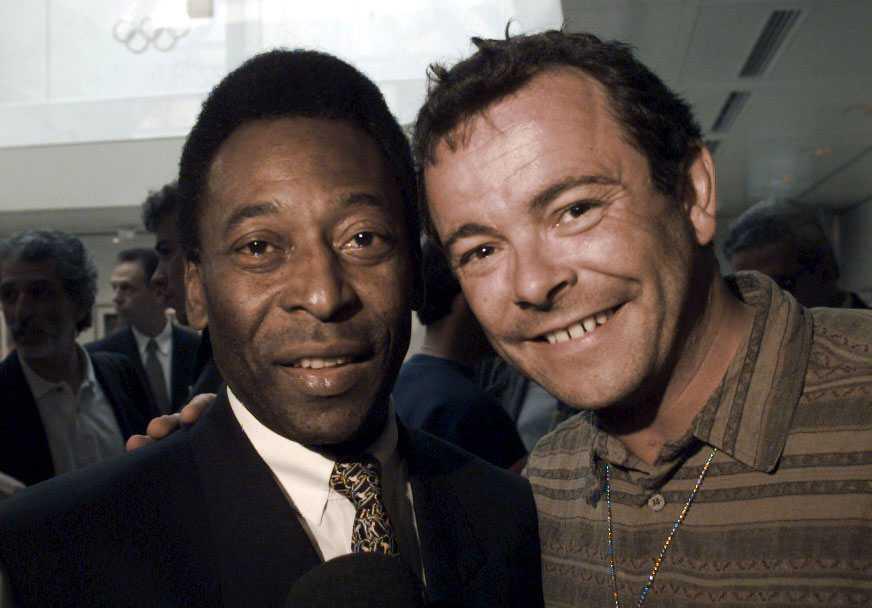 Med Pelé, fotbollslegendar.