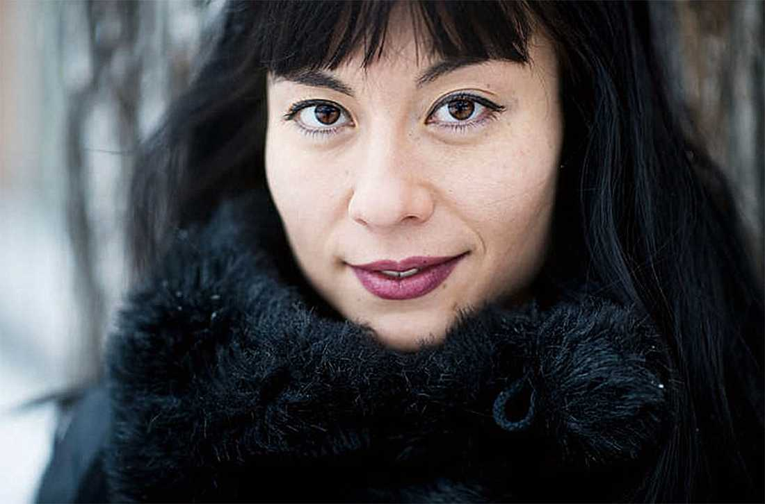 NATURBARN OCH... Lidia Praizovic, skribent på Aftonbladet Kultur, uppvuxen i Hägerstensåsen. Foto: Lina Siksjö