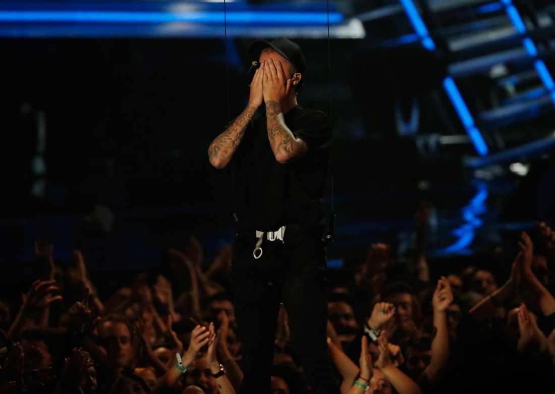 Justin Bieber föll i gråt.