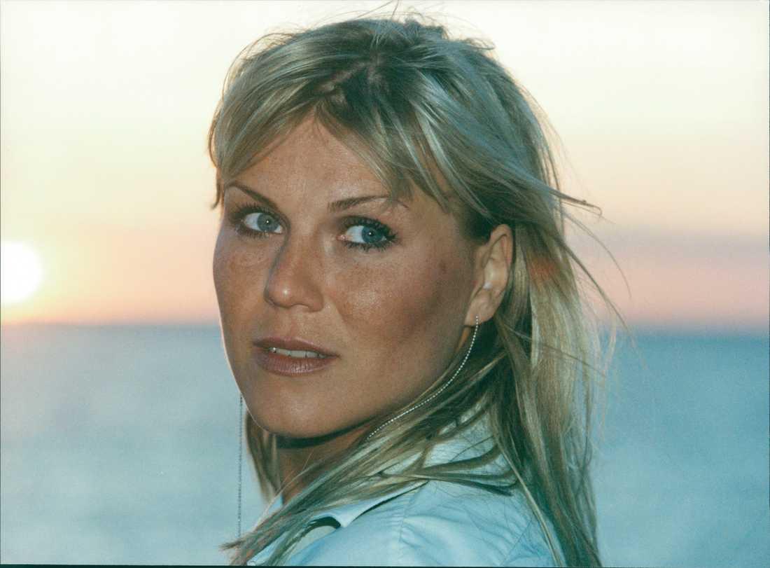 Josefin Nilsson 2001.