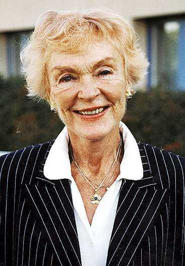 Jeanette von Heidenstam började sin tv-karriär som hallåa. Genom åren arbetade hon både som nyhetsankare och programledare