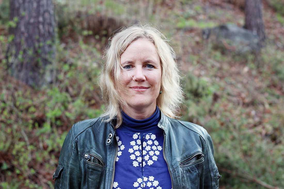 """""""Vi vet väldigt lite om hur smittan kan drabba helt friska människor"""", säger Christine Wennerås."""