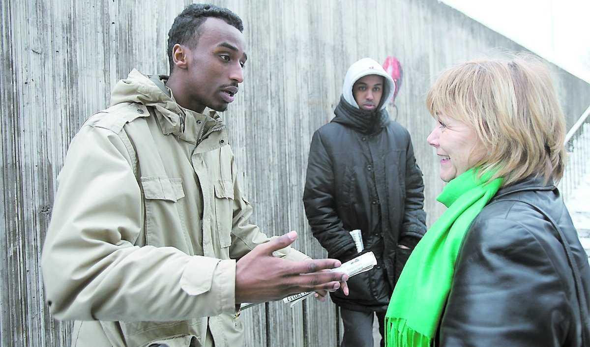 Studiebesök Justitieminister Beatrice Ask träffar juridikstudenten Goleed Mohammed i Tensta.