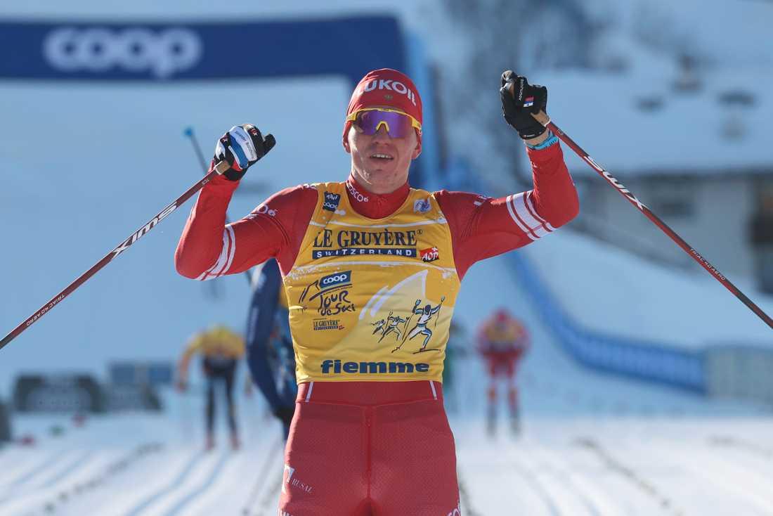 Alexander Bolsjunov, här under en tidigare etapp, vann Tour de Ski i överlägsen stil.